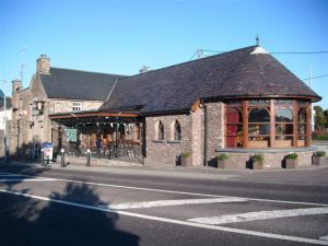 The Auld Triangle Bar & Restaurant